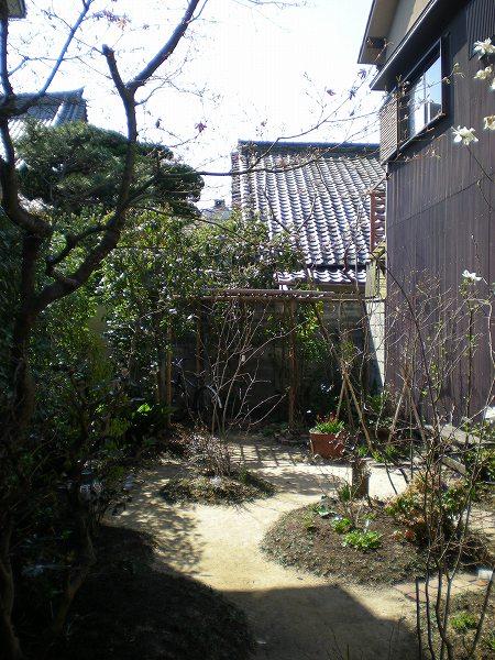 SELF-SOアートギャラリーの庭